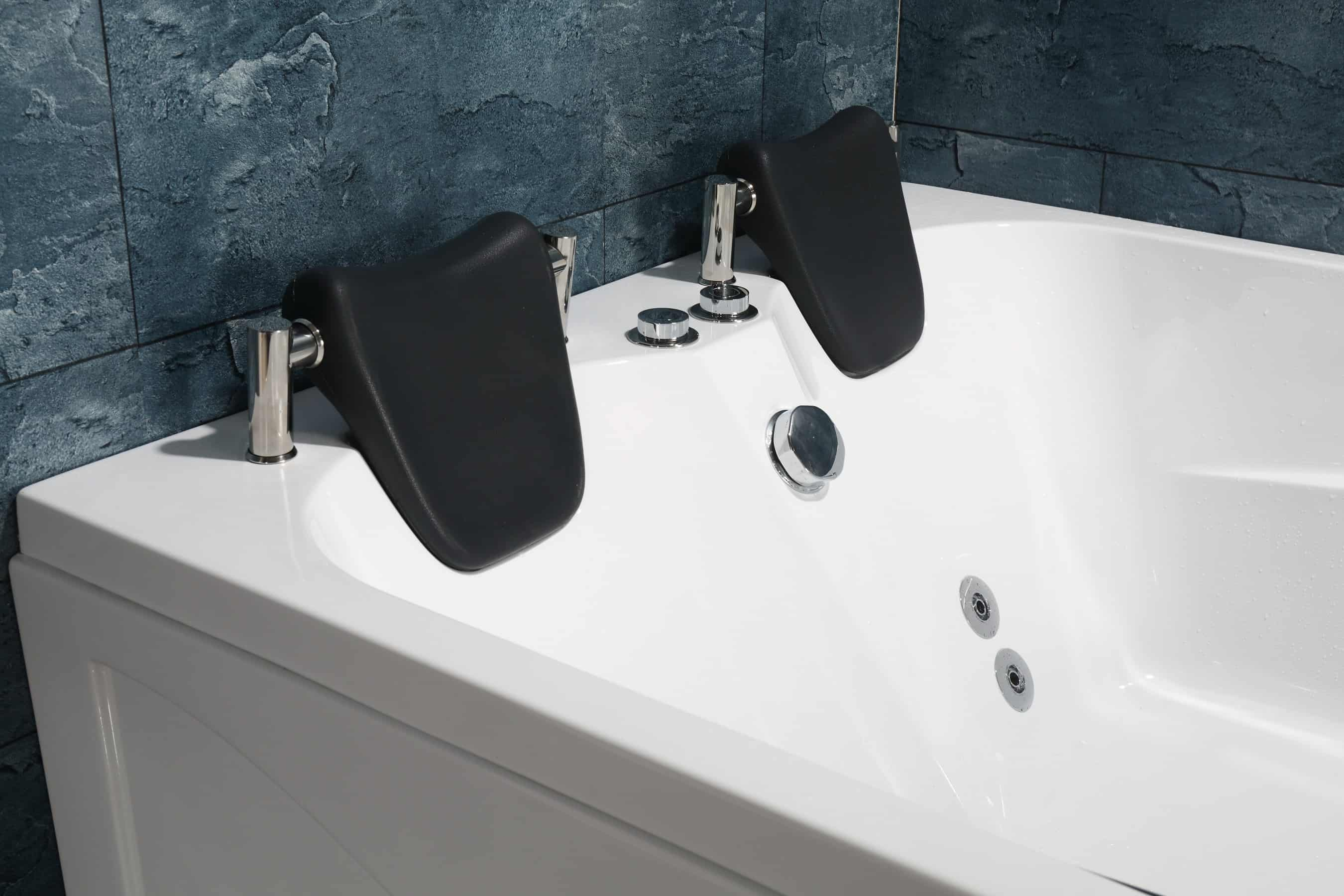 Sorrento Bath Headrest Features