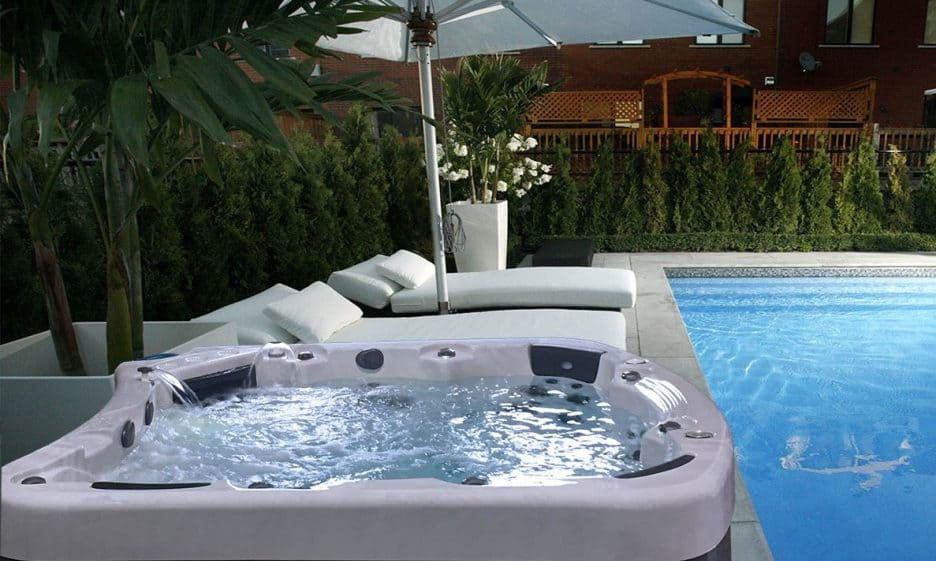Be Well E770 Hot Tub