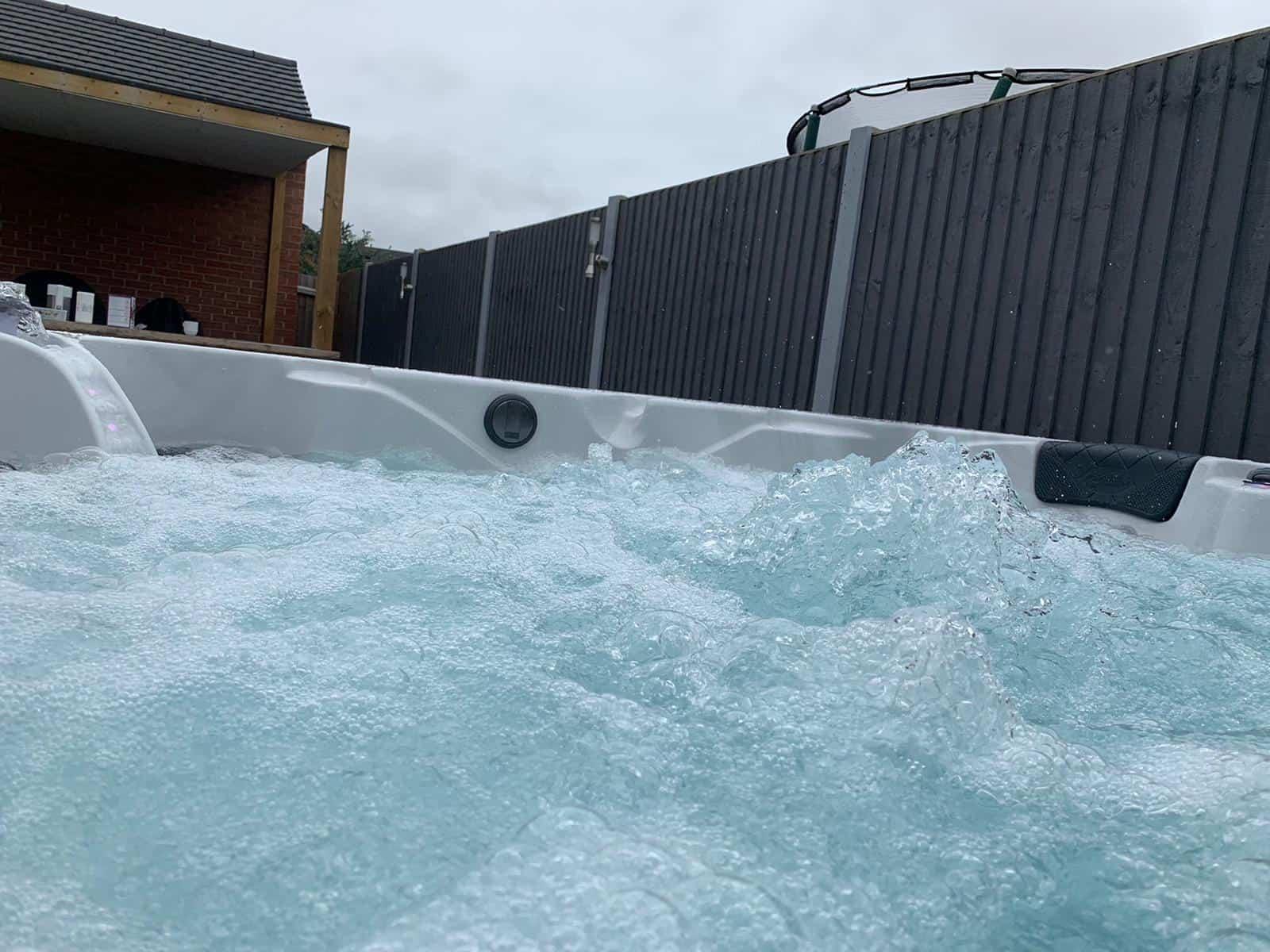 Be Well O575 hot tub