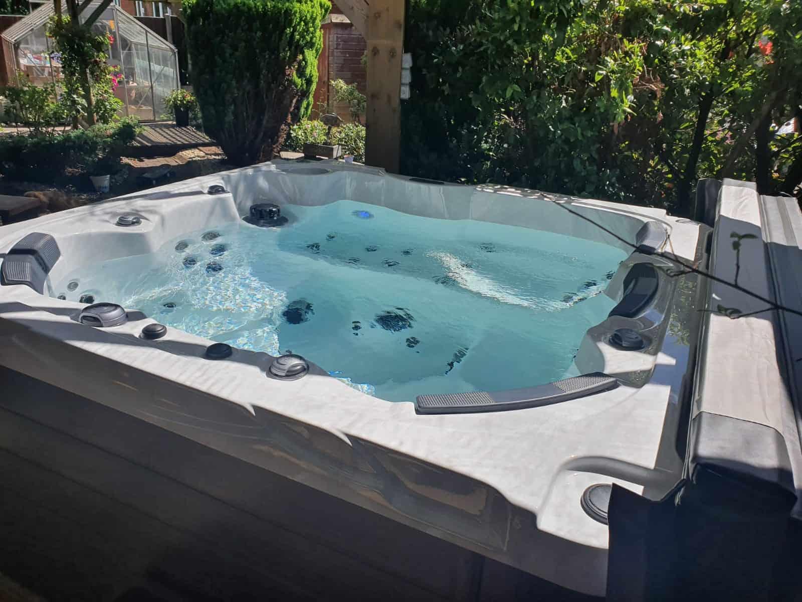 Fiji hot tub