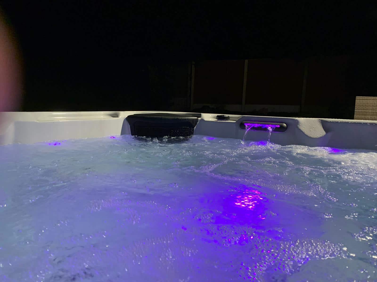 Trident Elite hot tub