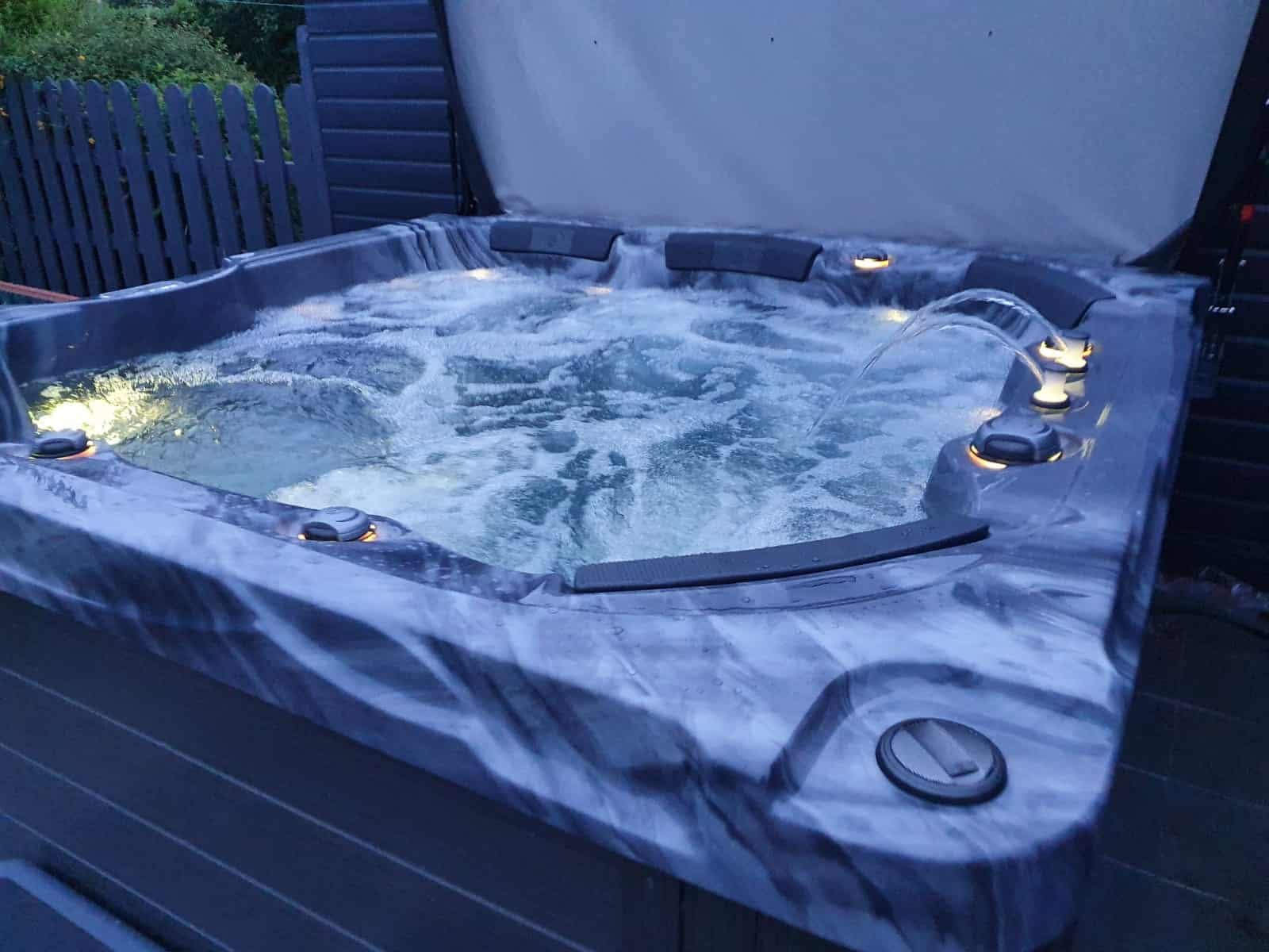 Fjij hot tub storm cloud grey