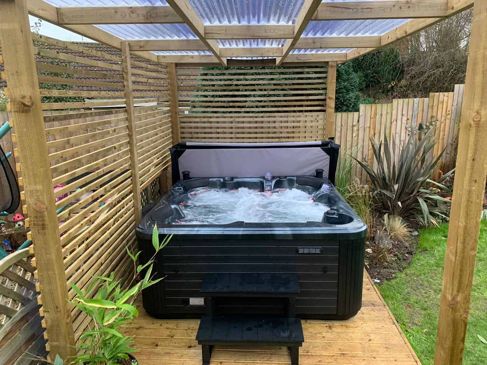 palma hot tub