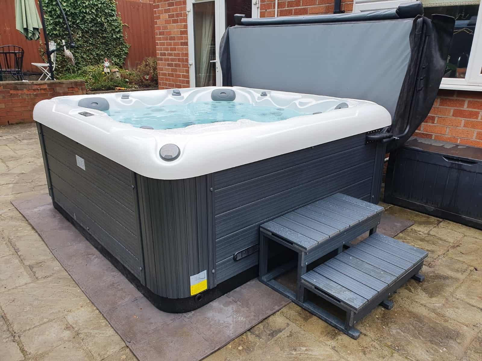 Sapphire hot tub