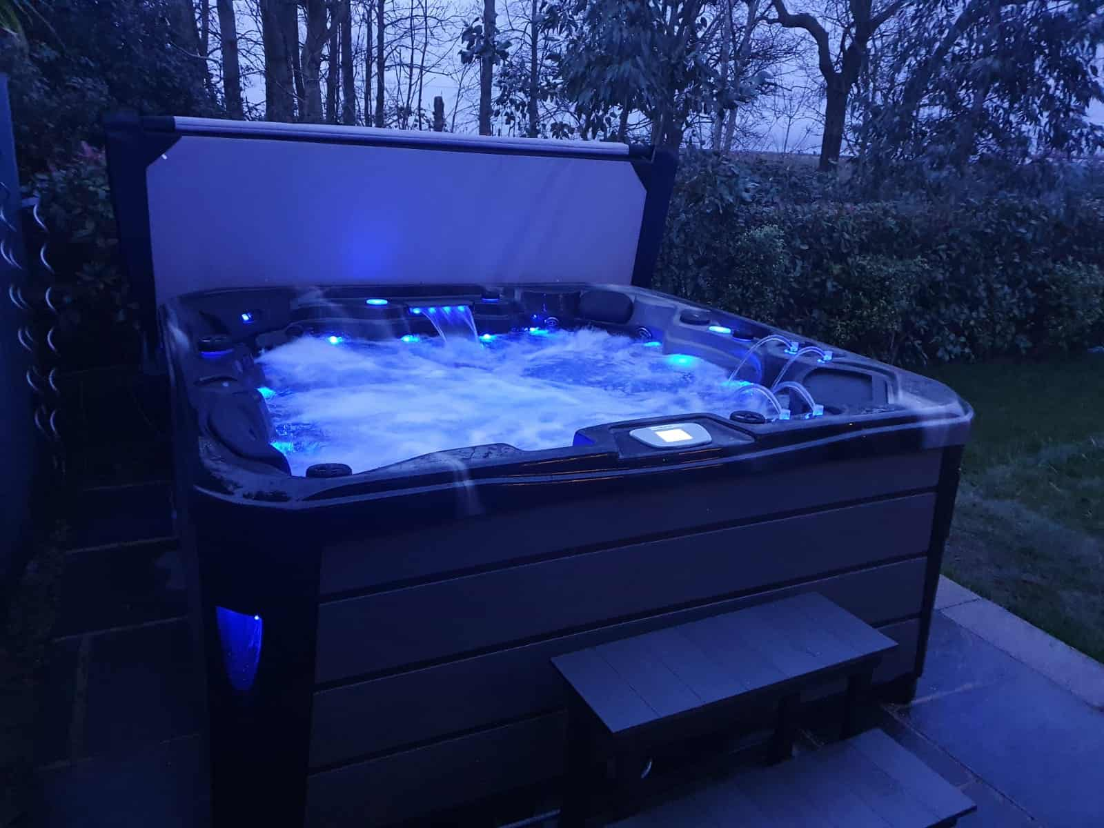 Infinity Hot tub review